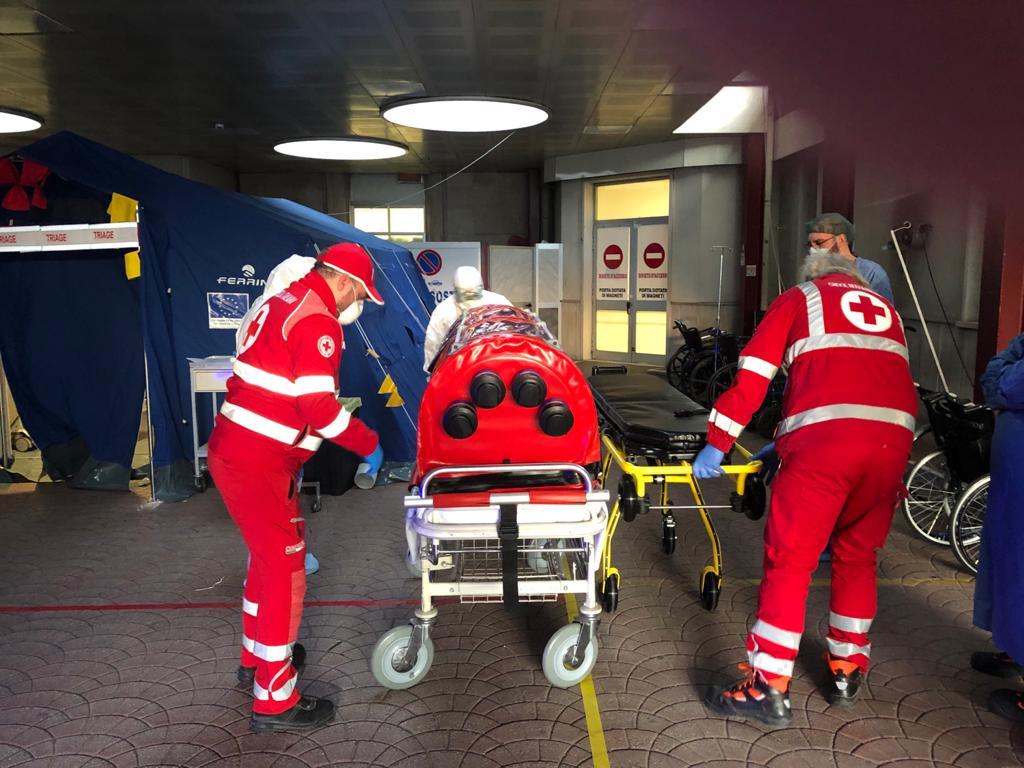 Grazie alla Croce Rossa è stato attivato il servizio di ambulanza e barella ad alto biocontenimento all'Ospedale Casa Sollievo della Sofferenza di San Giovanni Rotondo