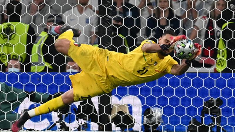 L'Italia è campione d'Europa. Battuta ai rigori l'Inghilterra. Donnarumma eroe nazionale