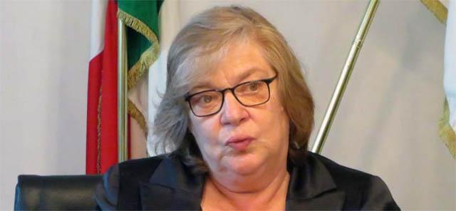 Ufficiale: la dem Elena Gentile si candida per tornare a Bari in consiglio regionale