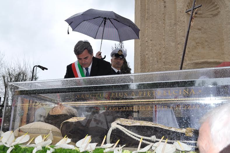 Esposizione a Foggia delle spoglie di San Pio, dichiarazione del sindaco Franco Landella