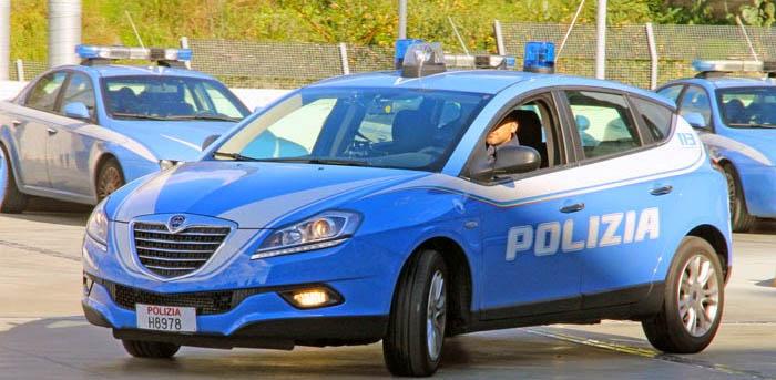 FOGGIA: RINVENUTO UN ETTO DI COCAINA IN AUTO ABBANDONATA